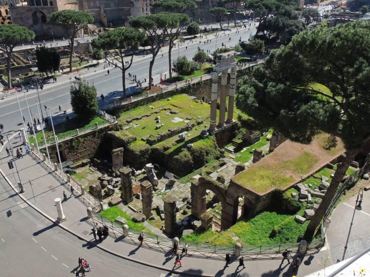 Roman forum 1