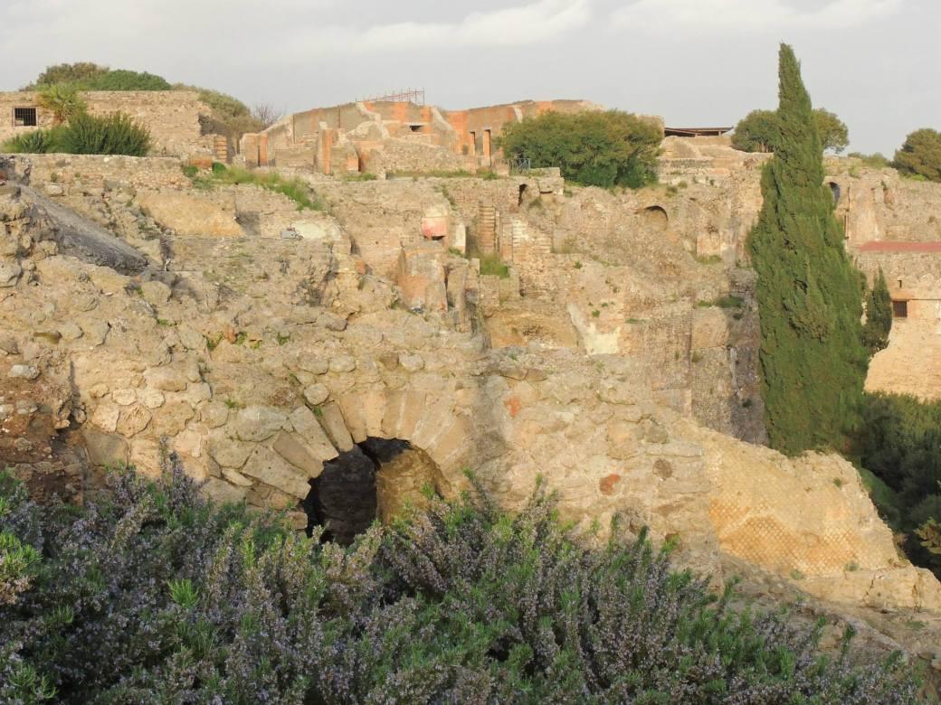 sites of ancient pompiee